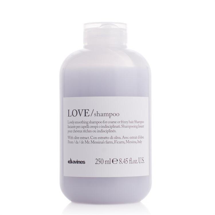 Davines LOVE Shampoo Harsh & Frizzy Hair do włosów kręconych i puszących się (250ml)
